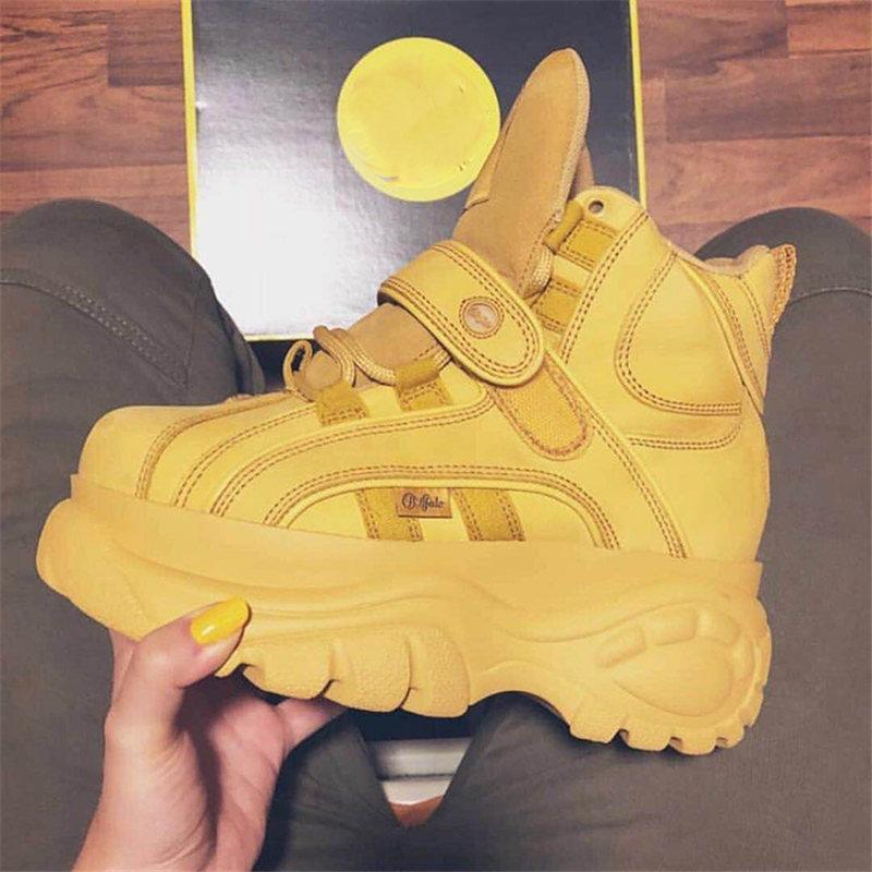 Scarpe di marca di lusso donne designer scarpe da ginnastica 2018 Nuovo Autunno Inverno grosso Scarpe Da Ginnastica dames modalità Ad Alta aiuto Lace-up vrouwen schoenen