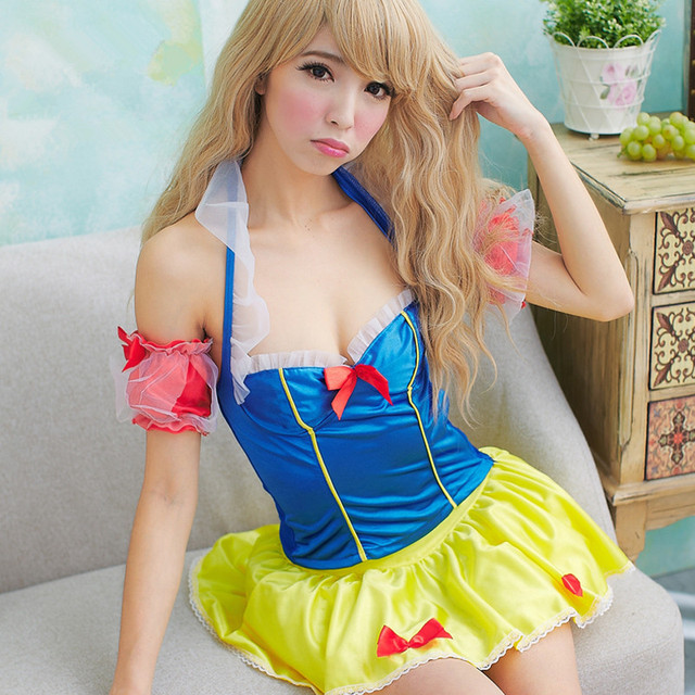 Us 28 15 12 Off Snow White Princess Costumes For Girls Snow White Cosplay Sexy Christmas Costume Fairy Tail Cosplay Princess Dress Party Clothes In