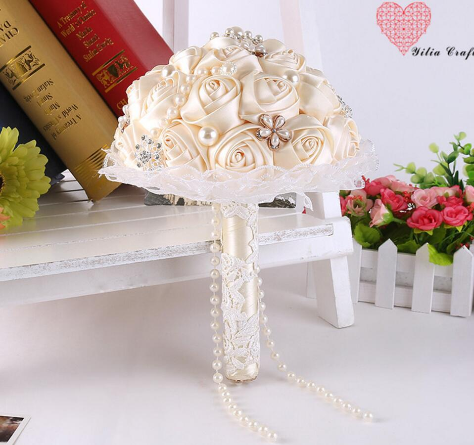 Cream Silk Roses Flowers Beaded With Pearl Chain Lace Bouquet For
