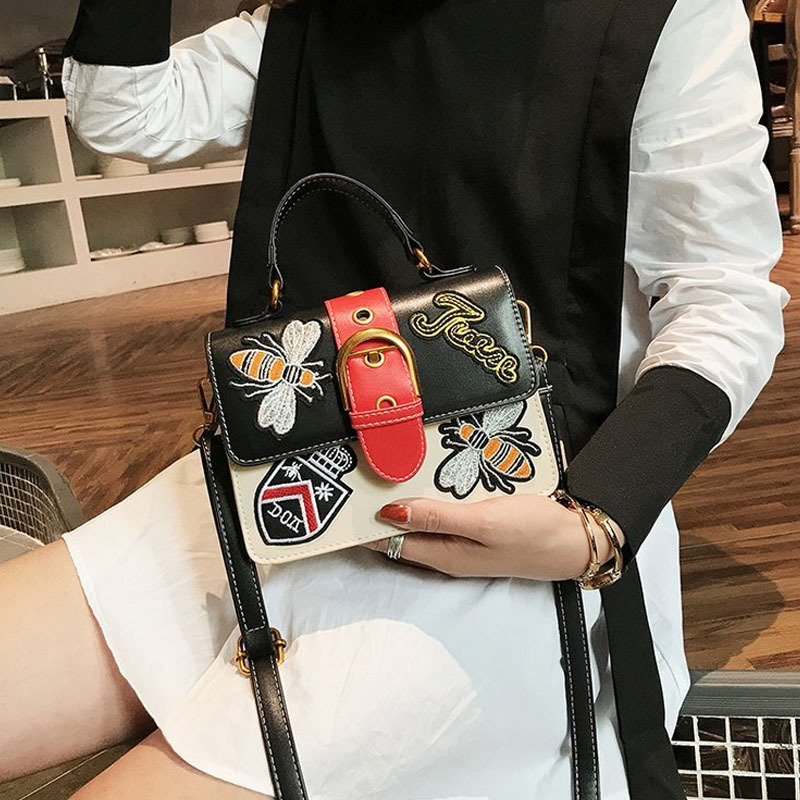 Shang new 2018 summer new PU womens shoulder bag Korean embroidered mobile Messenger bag small square package female