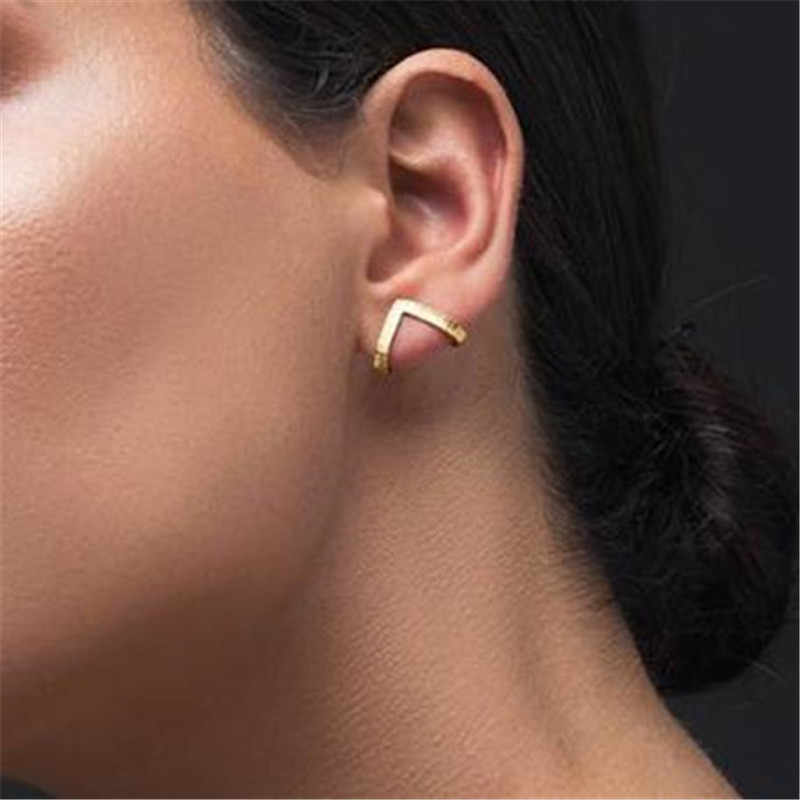 Tassel Earrings American Fashion Contracted The New Earrings V-shaped Pocket Studs Ear Hook Manufacturers Selling Wholesale