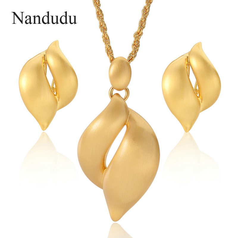 Nandudu Yellow Gold Color Leaf Style Pendant Necklace Earrings Jewelry Set Punk Style Fashion Jewelry Gift
