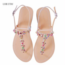 2018 NEW Women`s summer bohemia diamond sandals women beach Rhinestone shoes T-strap thong flip flops comfortable peep toe