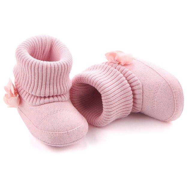 5f445f5d9 Sapatos de algodão do inverno do bebê menina Sapatinhos de tricô para  recém-nascidos meninas