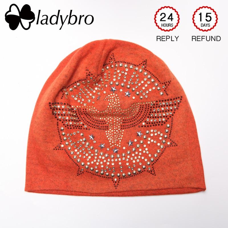 Dámská jarní čepice dámská čepice čepice Femme Casual Podzimní ženy Slouchy Skullies Beanies Eagle drahokamu čepice Čepice