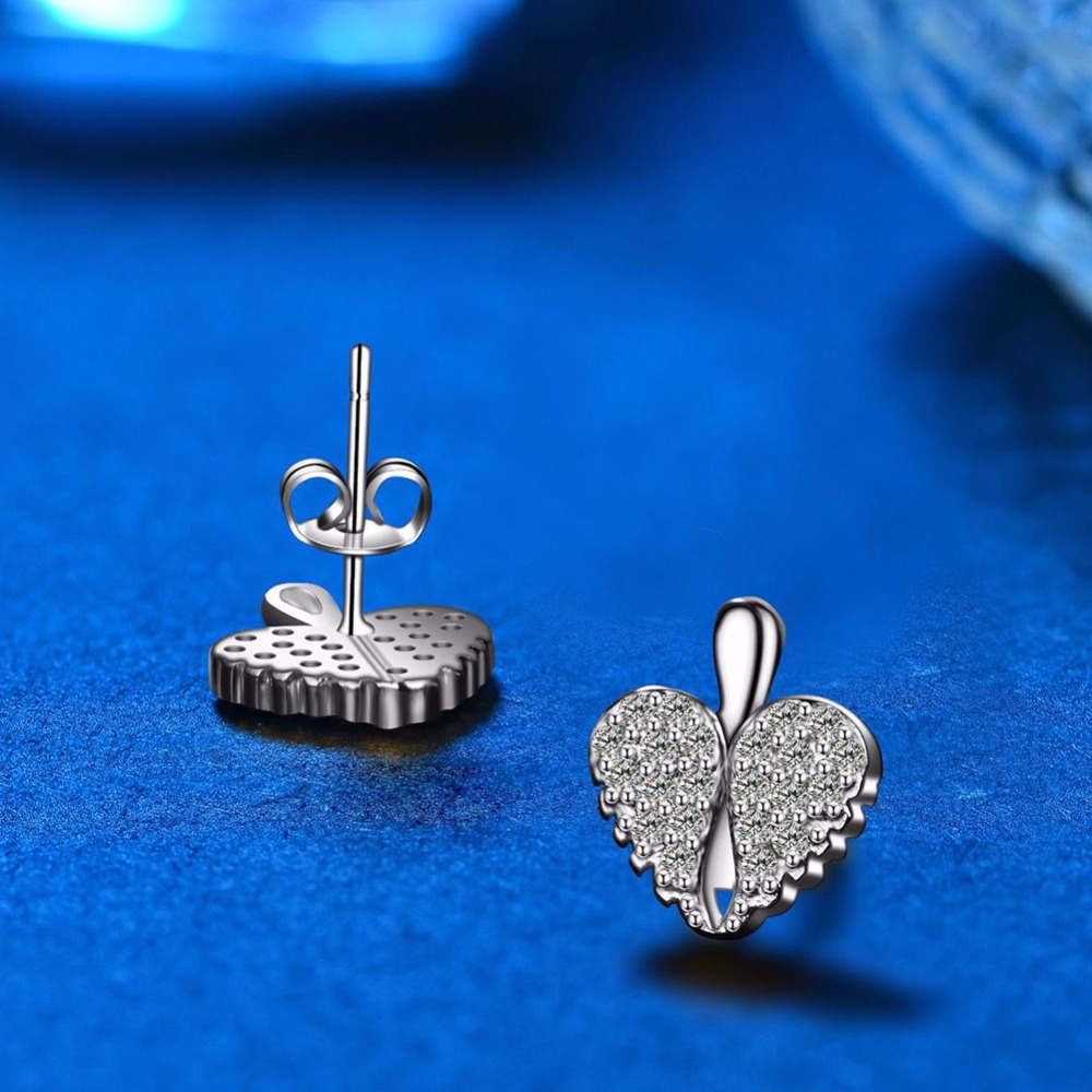 AAA Cubic Zirconia Heart Stud Earrings