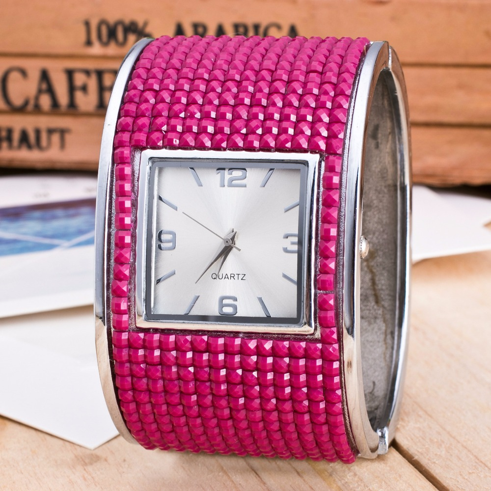 2018 Luxury Womens Bracelet Watches Ladies Dress Watches Quartz Wristwatches Rhinstone Relogio Feminino Square Clock Rose Red