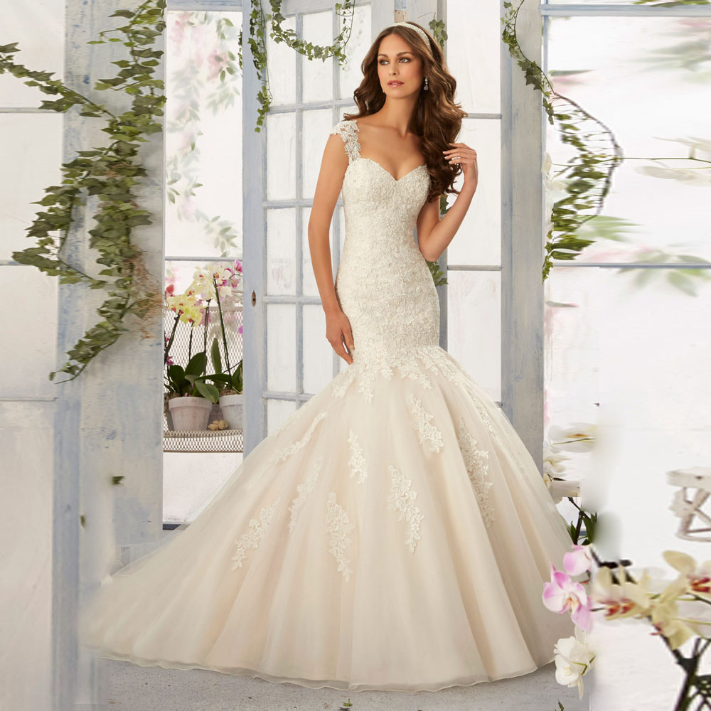 2016 new spring custom made classic modern style appliques for Chic modern wedding dresses
