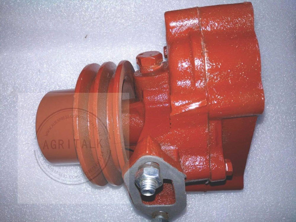 YTO YTR3105T51S YTR2105 engine parts for tractor, the water pump, part number: yto x904 tractor parts the auxiliary cylinder part number sz804 55 081