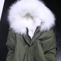 Top Quality Snow Pure White Winter Faux Fur Jacket Women Big Real Raccoon Fur Hood Army Green Jacket