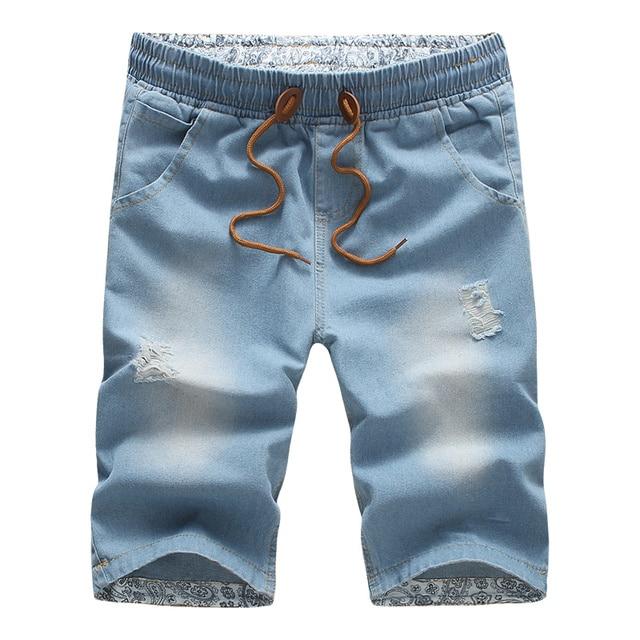 Esquerda ROM Verão Novo Buraco de Moda Praia Dos Homens Finos de Algodão  Shorts jeans Com 26e6510fcbc
