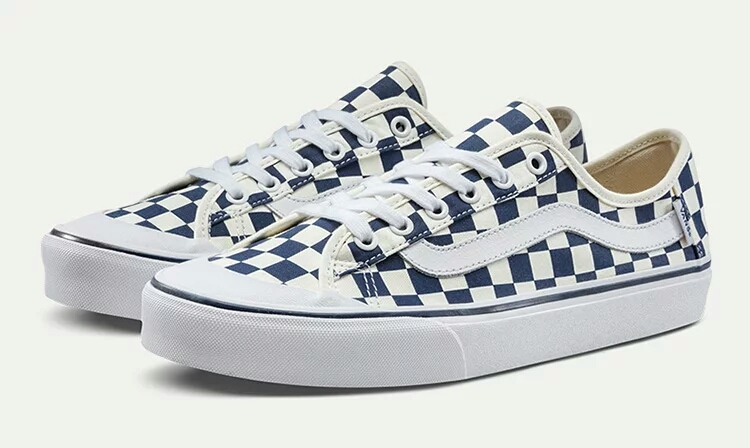 326e88cc2ed9 Original VANS Blue and white checkerboard coup Men and Womens canvas shoes