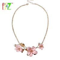 F J4U 2017 Spring Jewelry Fashion Beautiful Quality Pink Blue White Resin Flower Gold Leaf Collar