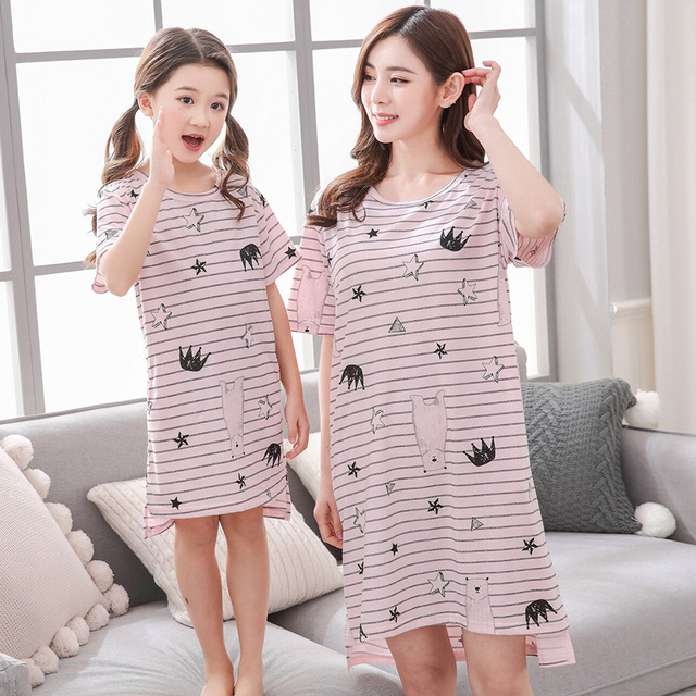 Baby Girls Pajamas Mother Daughter Pajamas Family Nightgown Set Mama Mom  and Me Matching Clothes Sleepwear Bath Robe cb0067bc9