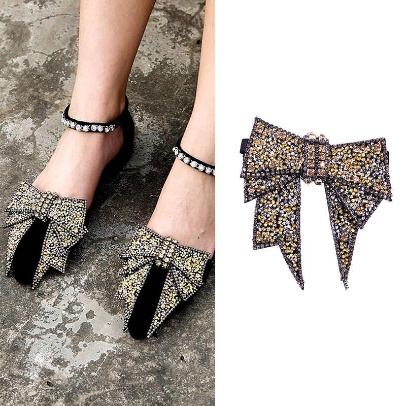 A Pair Of Shoe Flower DIY Handwork Rhinestone Shoes Buckle for Women New  Fashion Jewelry Shoe 7f190922b897