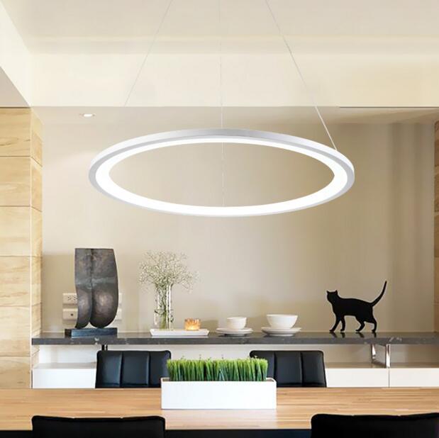 Anillos modernos led luces colgantes de accesorios de acrílico blanco círculo lámpara colgante salón comedor lustres.jpg