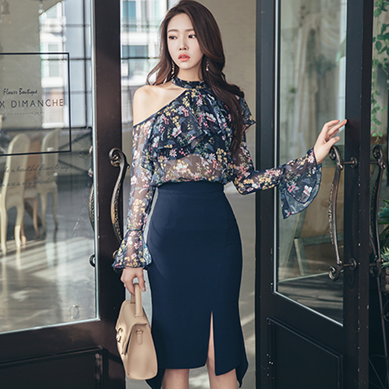 2019 Summer Off Shoulder Halter Flare Sleeve Print Blouse Bodycon Fishtail Skirt Two Piece Sets Knee-Length Party Dress