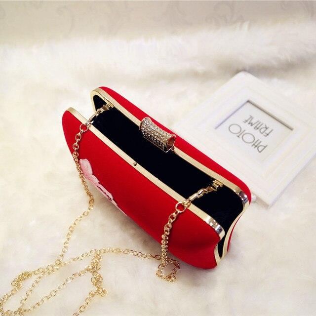 Embroidered velvet handbags 4