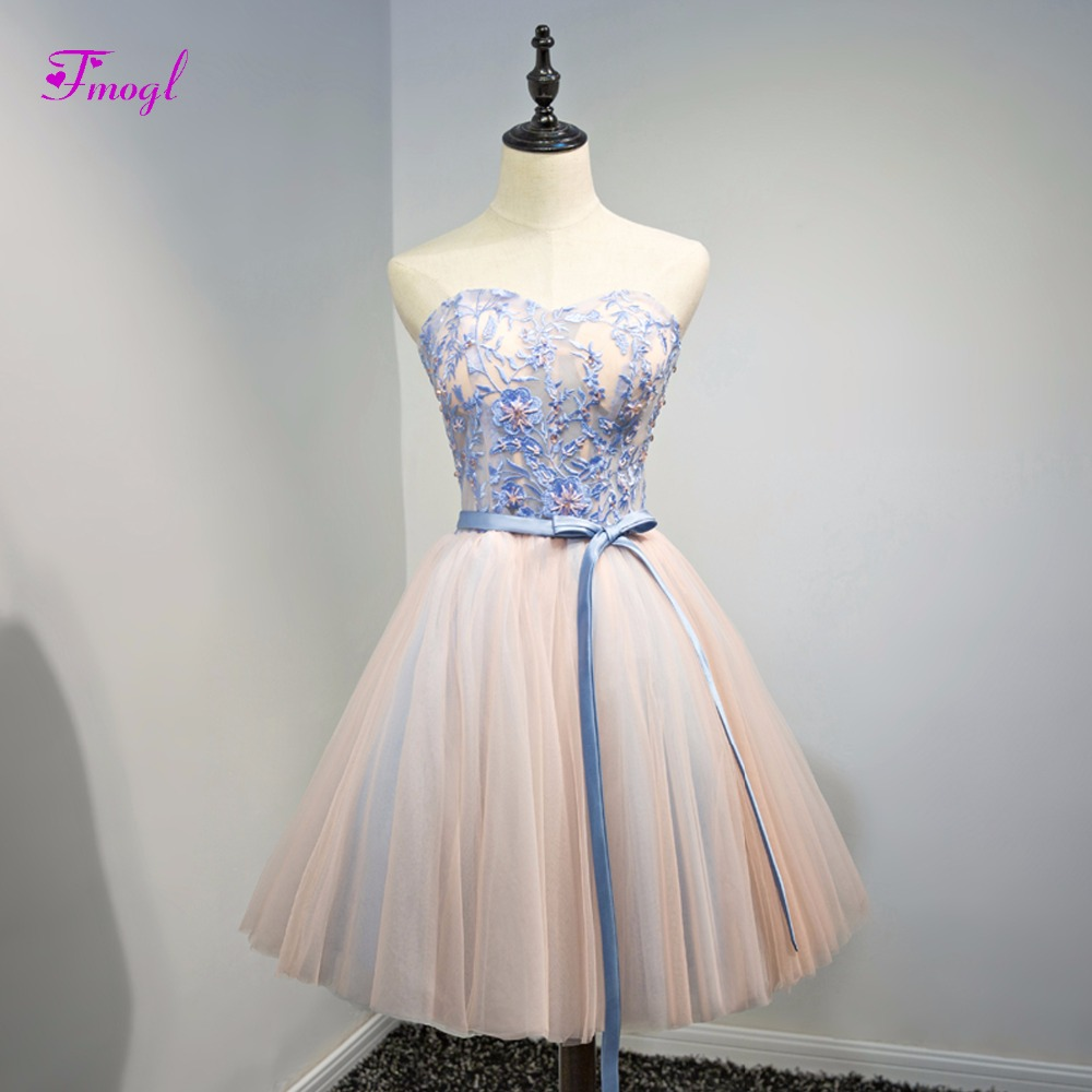 Fmogl Charming Appliques Strapless Lace Up Homecoming Dresses 2018 Appliques  Beaded Short Party Gown Graduation Dress Plus Size-in Homecoming Dresses  from ... c01eb6cb573c
