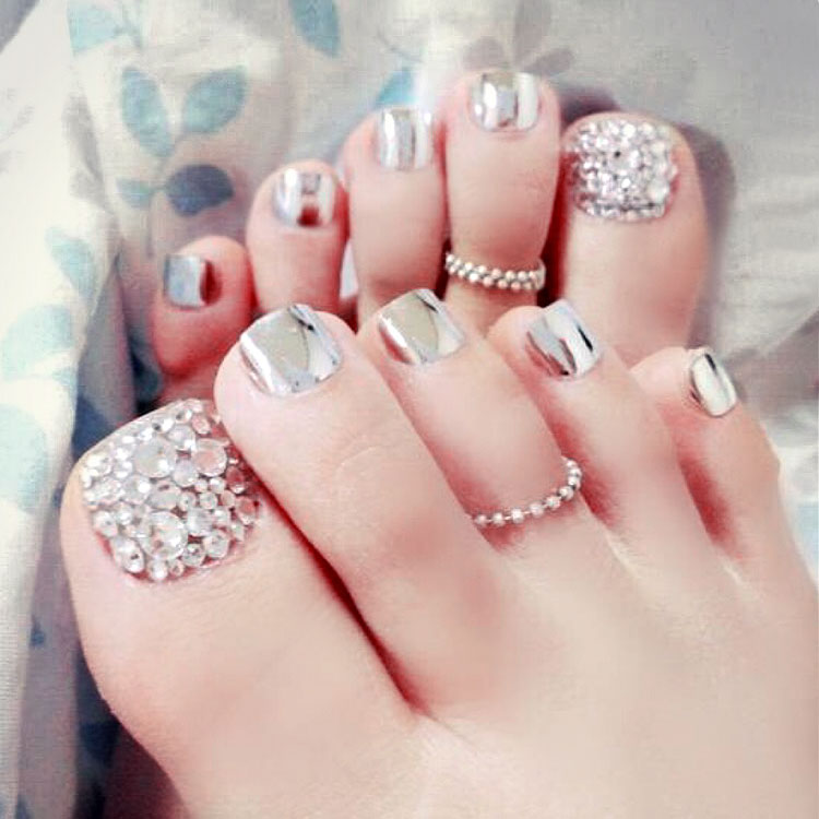New 24 pcs Metal Silver Charming High Quality Full Cover French 3D ToeNails For Foot Nail Manicure Kawaii Foot False Nail [T147]