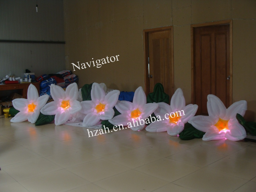2014 Wedding Decoration LED Inflatable Flower with Light 2017 new inflatable flower long wedding decoration flower