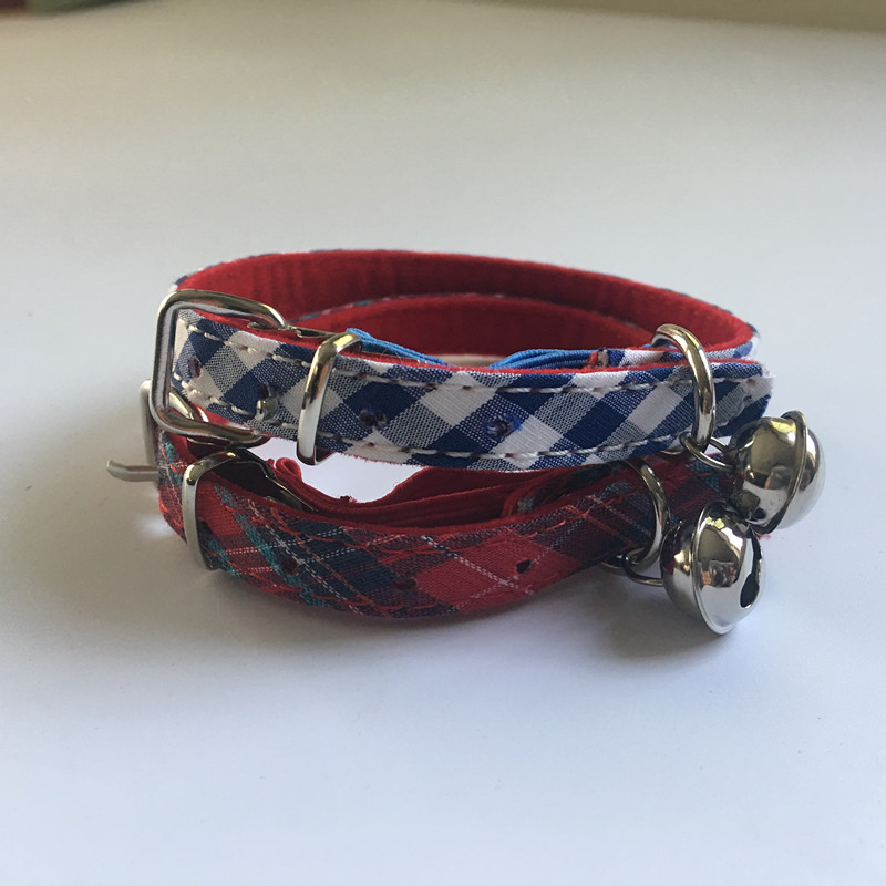 Free shipping pet cat collar classic pattern with elastic belt velvet lining red blue 50pcs lot