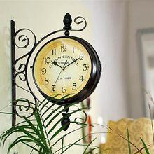 Retro Çift Taraflı Dönen duvar saati Metal Asılı Saat Açık/Ev/Bahçe Dekor avrupai saat Hediye Duvara Monte + Braketi