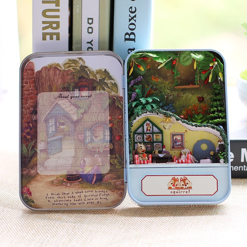 iie create DIY Tin Box Secret Dollhouse With Light T-002 T-003 T-004 T-005 Gift Home Office Decor Toy For Friends