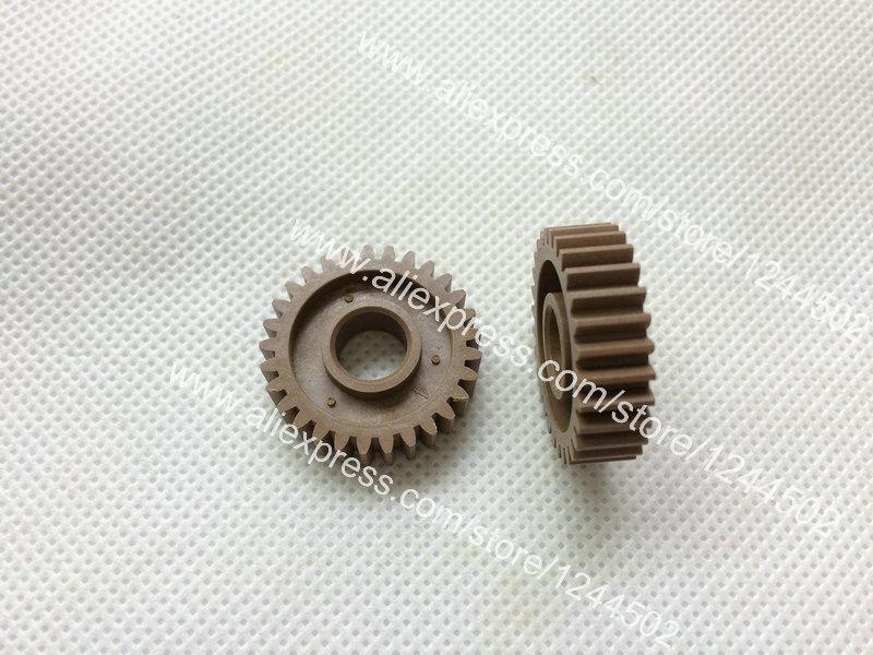 Compatible new idle gear for Kyocera KM2810 FS1035 FS1128 FS1135 M2035 2F925080 10 pcs per lot new original kyocera 303m694030 303lj94130 separation pad assy for fs 1124 1128 1130 1135 m2030 m2530 m2035 m2535 c2126 km 2820