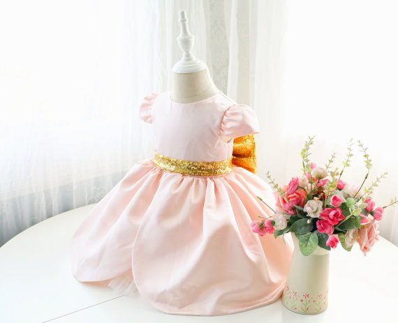Pink cute Arab baby girl dress cap sleeve ball gown toddler birthday party outfits with gold bow flower girls dress for wedding цена
