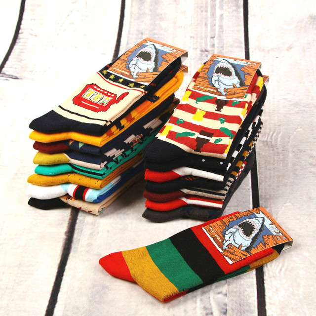 12 זוגות\חבילה צבעוני מקרית Mens שמח גרביים באיכות גבוהה מסורק כותנה גברים גרבי Cartoon עיצובים מצחיק צוות דחיסת גרביים
