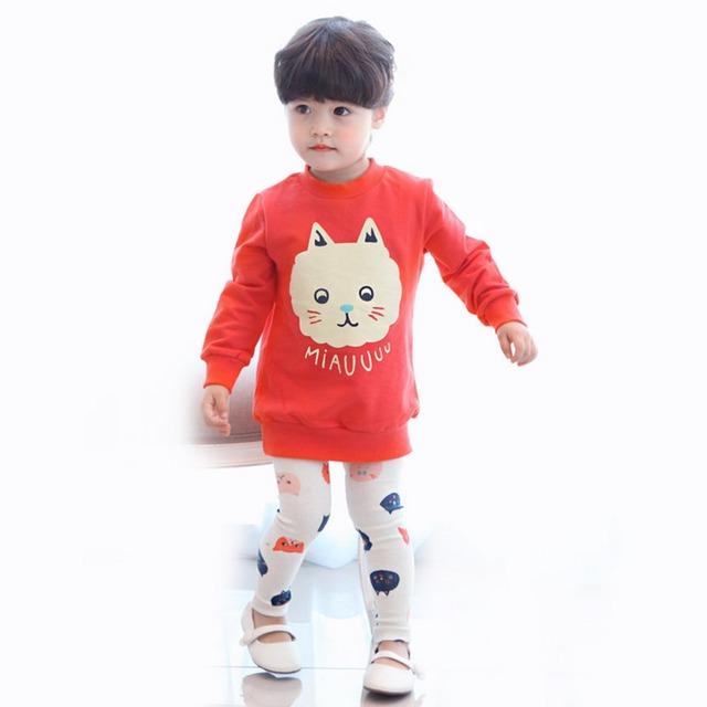 Estilo de ropa Para niños Que Arropan al por menor 2017 Otoño Gato Rojo 2 unids (de La Manga Completa + Pantalones) bebé arropa El Envío Libre
