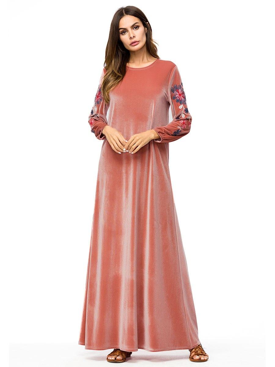 Muslim Women Long Sleeves Velvet Embroidery Dubai Dress Maxi Abaya Jalabiya Islamic Women Clothing Robe Kaftan Moroccan 7251