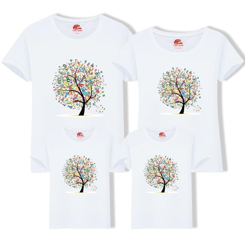 2018 משפחה החדשה בגדים תואמים תלבושת מקרית בין ההורה לילד משפחת ביגוד חליפות משפחת קיץ כותנה שרוול קצר חולצה עץ