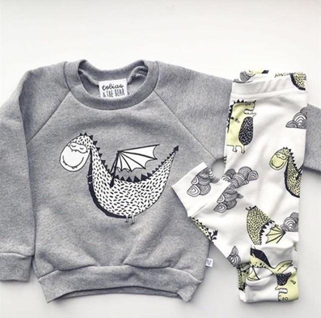 70dffbbeb54cb Nouveau 2019 bébé garçon vêtements coton bande dessinée à manches longues  dinosaure t-shirt +