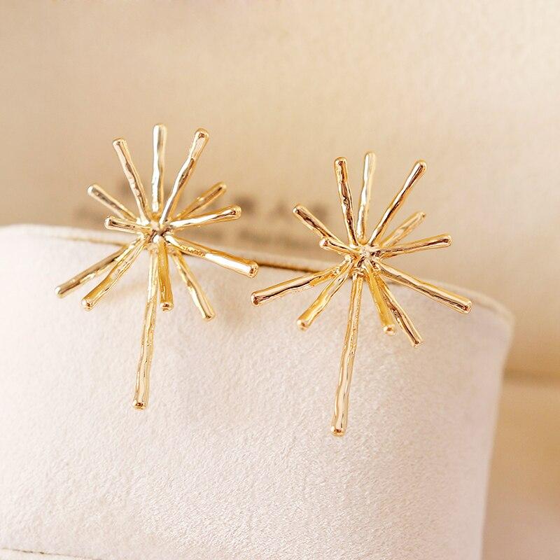 2018 New Geometry Gold Color Stud Earrings For Women Trendy Zinc Ally Hyperbole Wedding Ear Accessories Birthday Party Jewellery