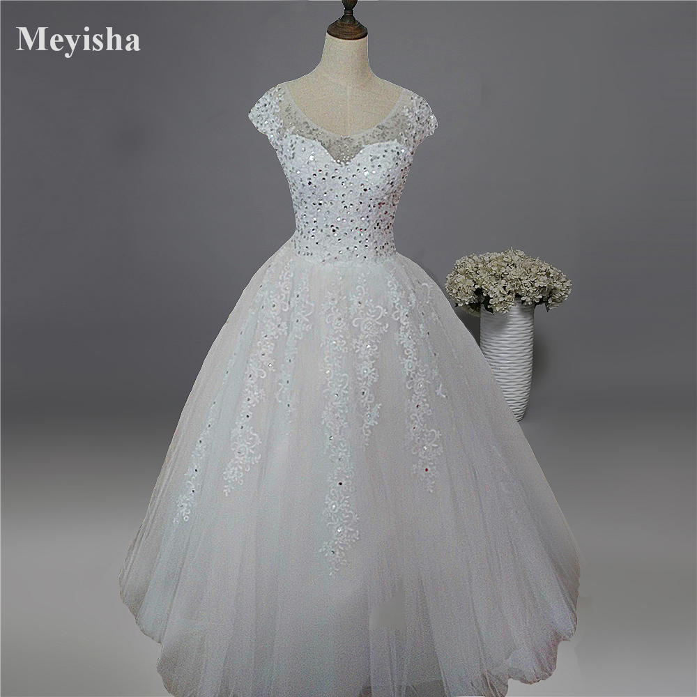 ZJ9099 2019 New Style Fashion White Ivory Lace Beads Crystal Wedding Dresses For Brides Plus Size Maxi With Sleeve
