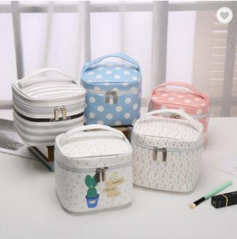 Customize Logo White Vanity Travel Organizer Makeup Pouch