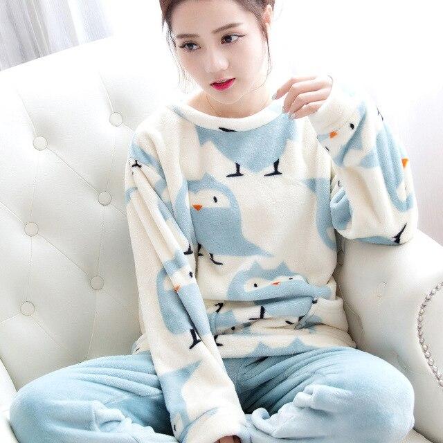 Mulheres de outono e Inverno Pijamas Conjuntos de Espessura Coral de Veludo Quente Terno de Flanela Sleepwear Calças de Manga Longa Urso Animal Dos Desenhos Animados do Sexo Feminino