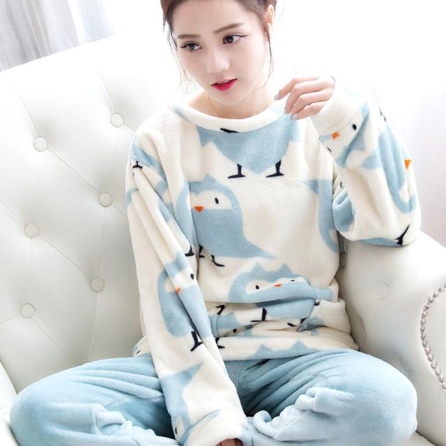 Otoño e Invierno Las Mujeres Pijamas Conjuntos Traje de Terciopelo de Coral Gruesa Caliente Pantalones de Oso de Dibujos Animados de Animales ropa de Dormir de Franela de Manga Larga Femenina