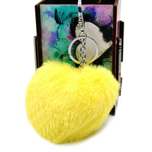 New Fashion Fluffy Faux Rex Rabbit Fur Heart Pom Ball Key Chain Ring Woman Bag Charms Keychain Man Car Keyring Jewelry Trinkets