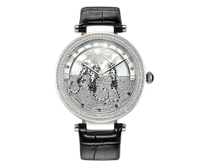 Lovely Leopards Decorated Women Crystals Watches New Designer Imported Quartz Dress Wrist watch Big Size Montre Femme WA146-in Women's Watches from Watches    2