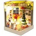 Feliz Natal Casa De Bonecas de Madeira com Móveis, Hot Handmade DIY Casa De Bonecas Em Miniatura Brinquedos para kid Natal/Aniversário presente