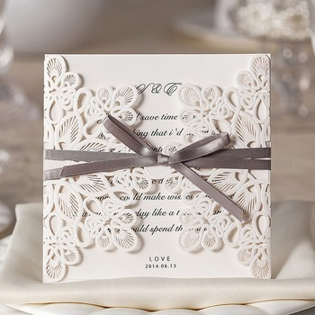 50PCS Laser Cut Wedding Invitations with Ribbon Bowknot Flower Elegant Blank Invitation Cards For Customizable Convite Casamento