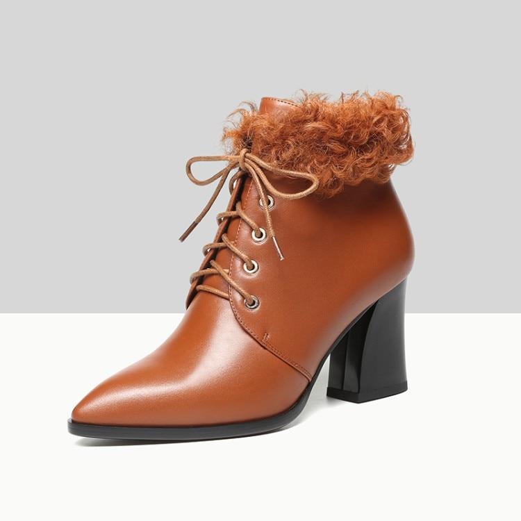 Tacchi brown In 2019 Colore Pelle Marrone Delle Della Inverno Breve Quadrato Tacco Peluche Black Donne Alti Mane Stivali Caviglia Di Mucca Mljuese xUYf1q4wf