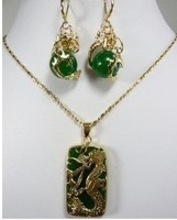 wholesale Cheap Pretty natural Green gem Dragon Pendant necklace earring set Jewelry for women real natural beads