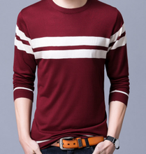 2017 Fall Men's New Youth V-Neck Cap Sweater Thin Sleeve Striped Sweater