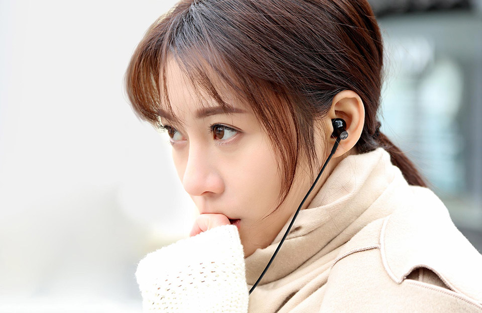 Xiaomi Dynamic Ceramic Speaker Dual Driver Earphone (15)