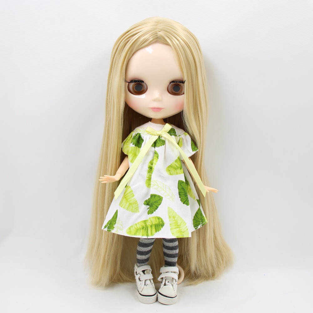Neo Blythe Doll Green Dress With Hat & Stockings 1