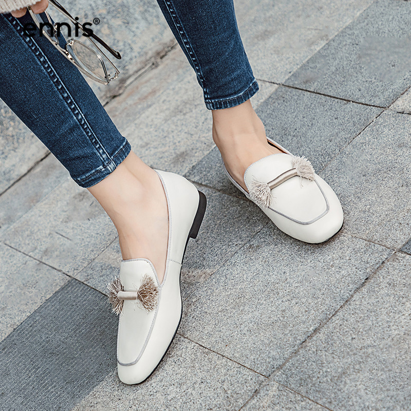 2019 Ladies Leather Shoes Moccasins Genuine Leather Women Flat Fringe Shoes Spring Fashion Casual Shoes White
